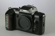 Nikon 5005